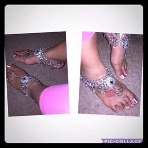 Jewelry - Beautiful anklets (a pair) perfect for SUMMER!!